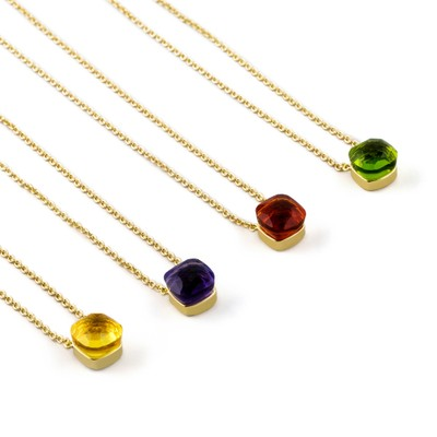 Hatt Pendant Necklace