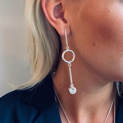 Keira Long Pendant Earring