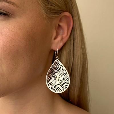 Jacqueline Big Pendant Earring