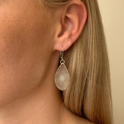 Jacqueline Small Pendant Earring
