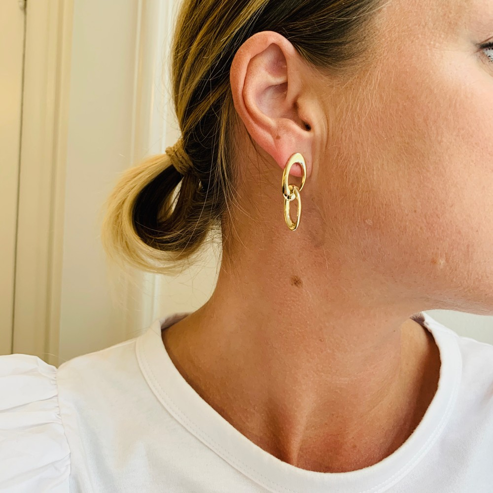 Dion Oval Pendant Earring