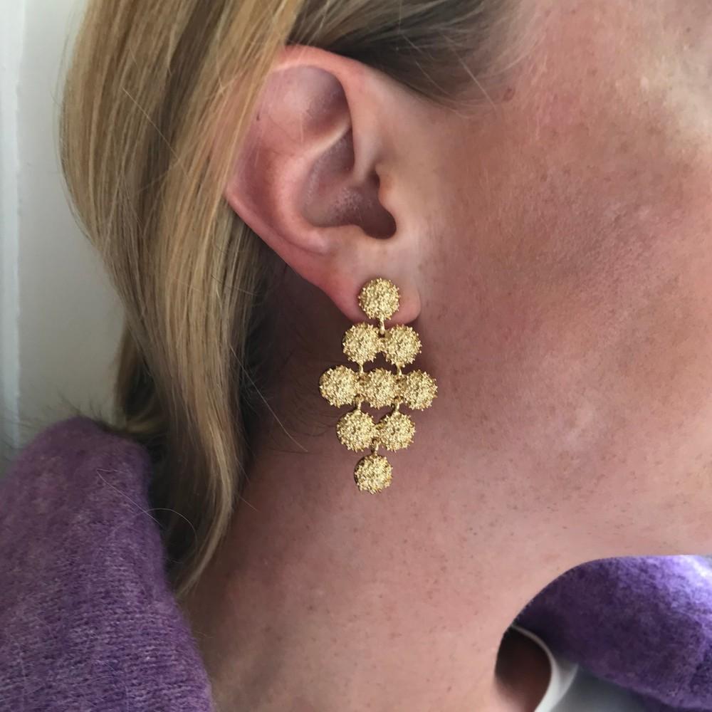 Light Big Pendant Earring