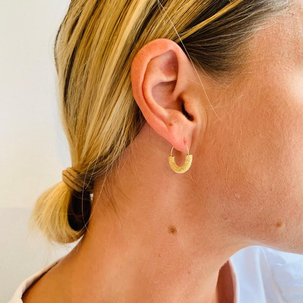 Light Round Earring