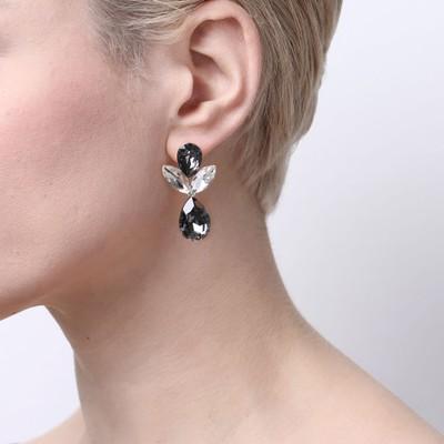 Noemi Big Drop Earring