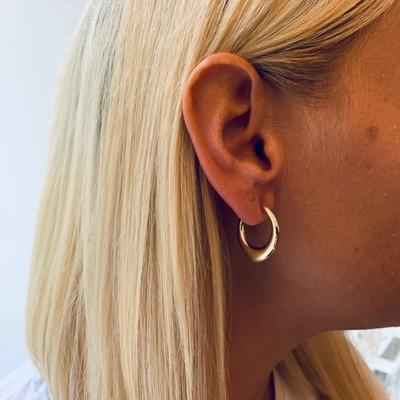 Anglais Small Oval Earring