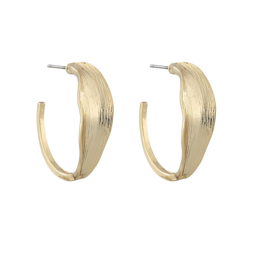 Rue Oval Earring