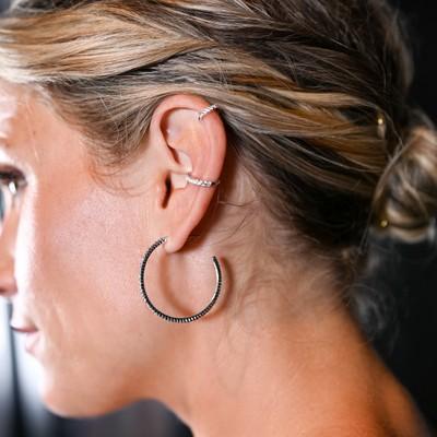 Hanni Small Cuff Earring