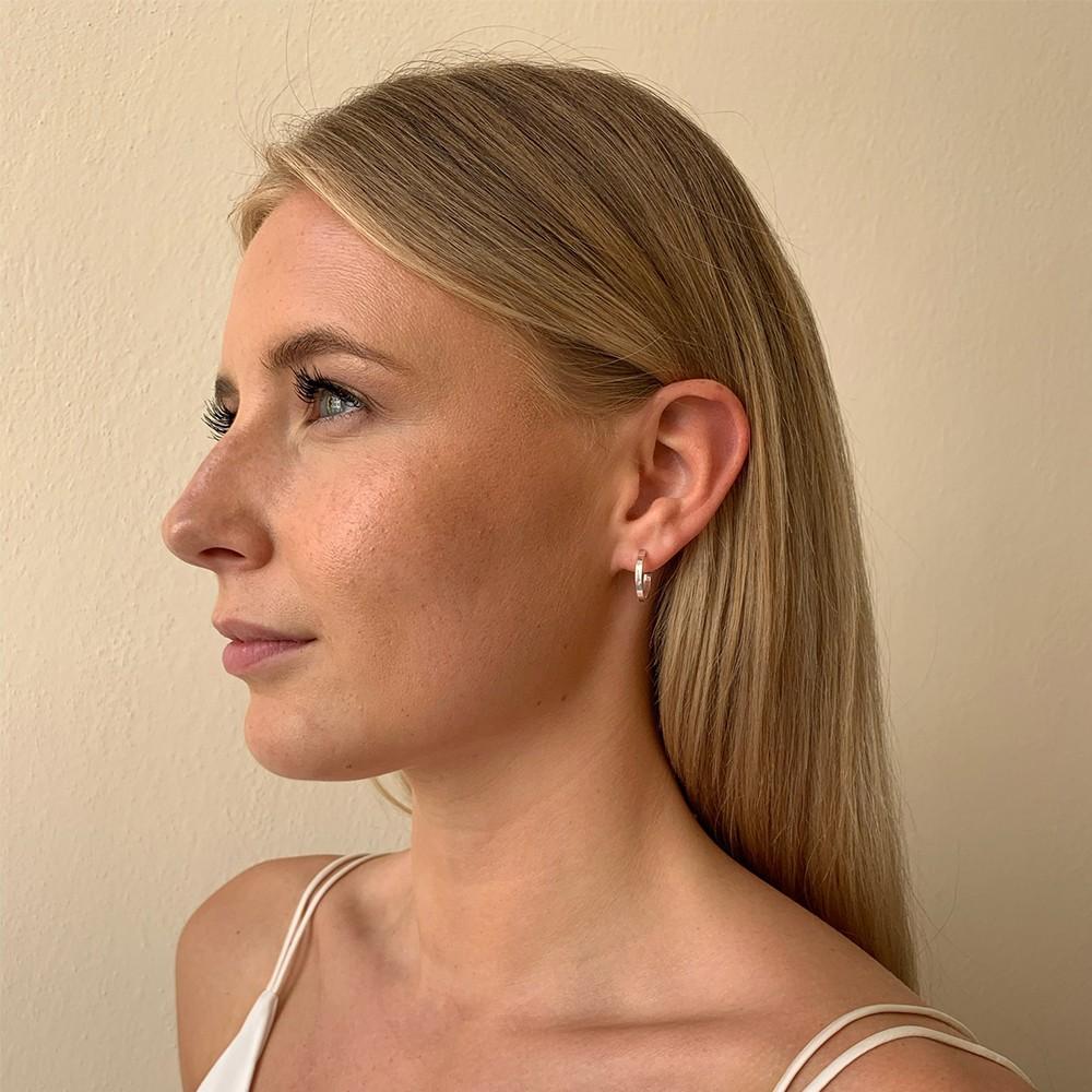 Moe Ring Earring